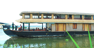 five bedroom houseboat